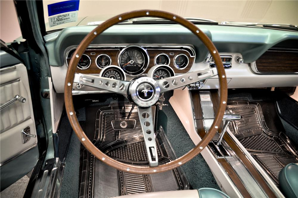 1966 FORD MUSTANG CONVERTIBLE - Interior - 96736