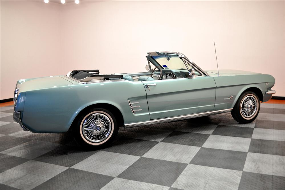 1966 FORD MUSTANG CONVERTIBLE - Rear 3/4 - 96736