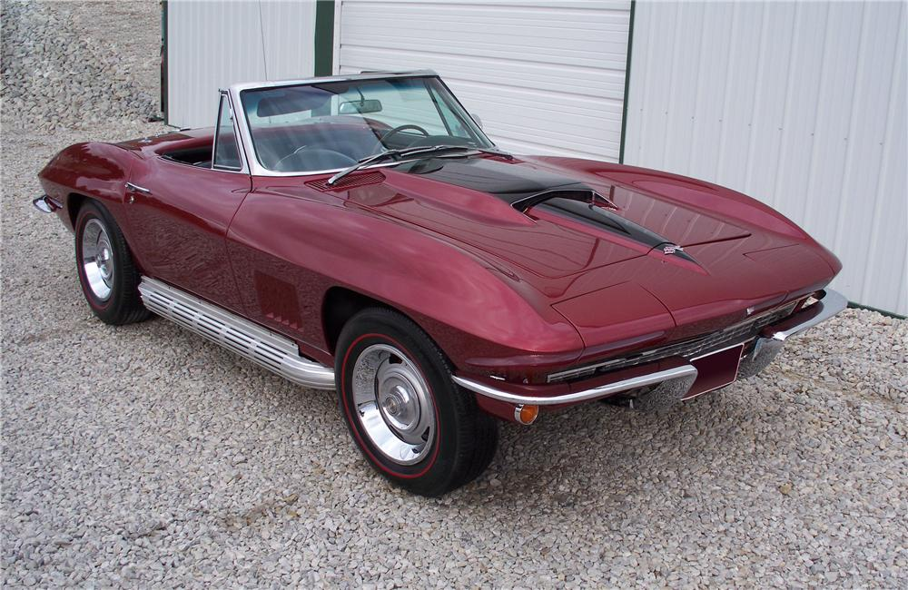 1967 CHEVROLET CORVETTE CONVERTIBLE - Front 3/4 - 96753