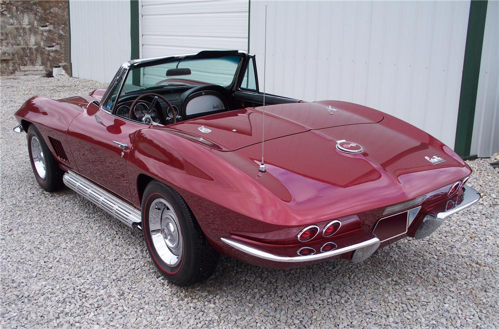 1967 CHEVROLET CORVETTE CONVERTIBLE - Rear 3/4 - 96753
