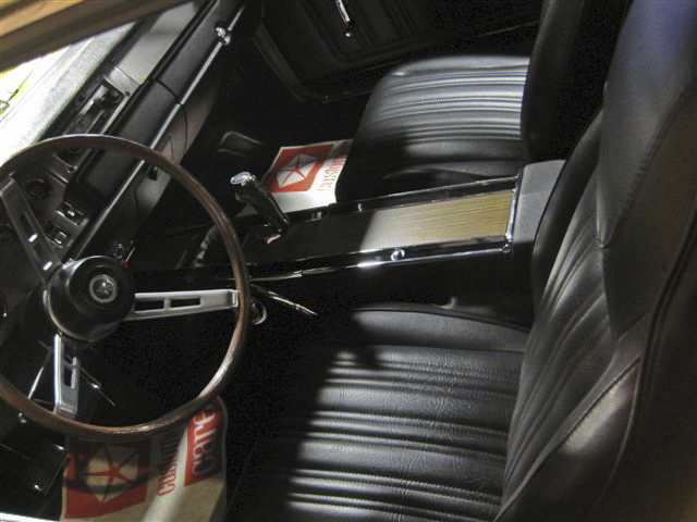 1970 DODGE CORONET R/T 2 DOOR - Interior - 96770