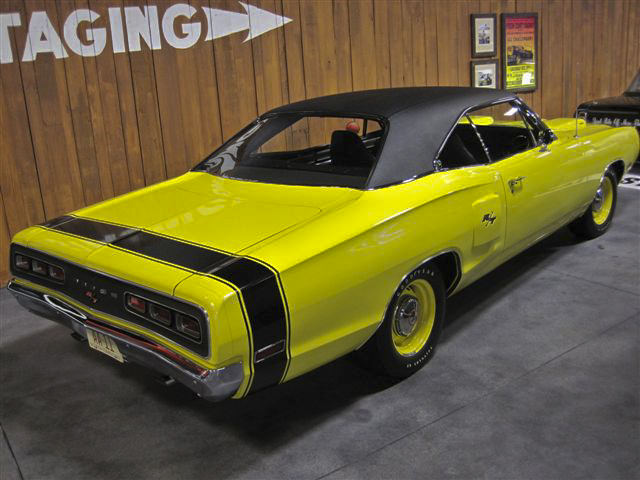 1970 DODGE CORONET R/T 2 DOOR - Rear 3/4 - 96770