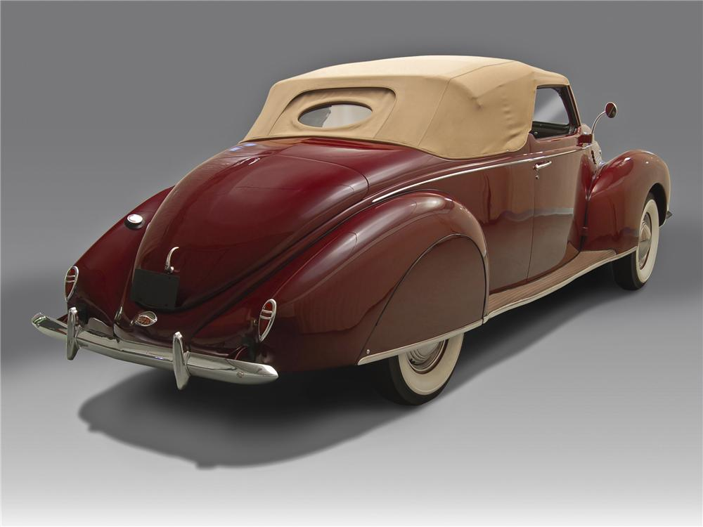 1938 LINCOLN ZEPHYR CONVERTIBLE - Rear 3/4 - 96789