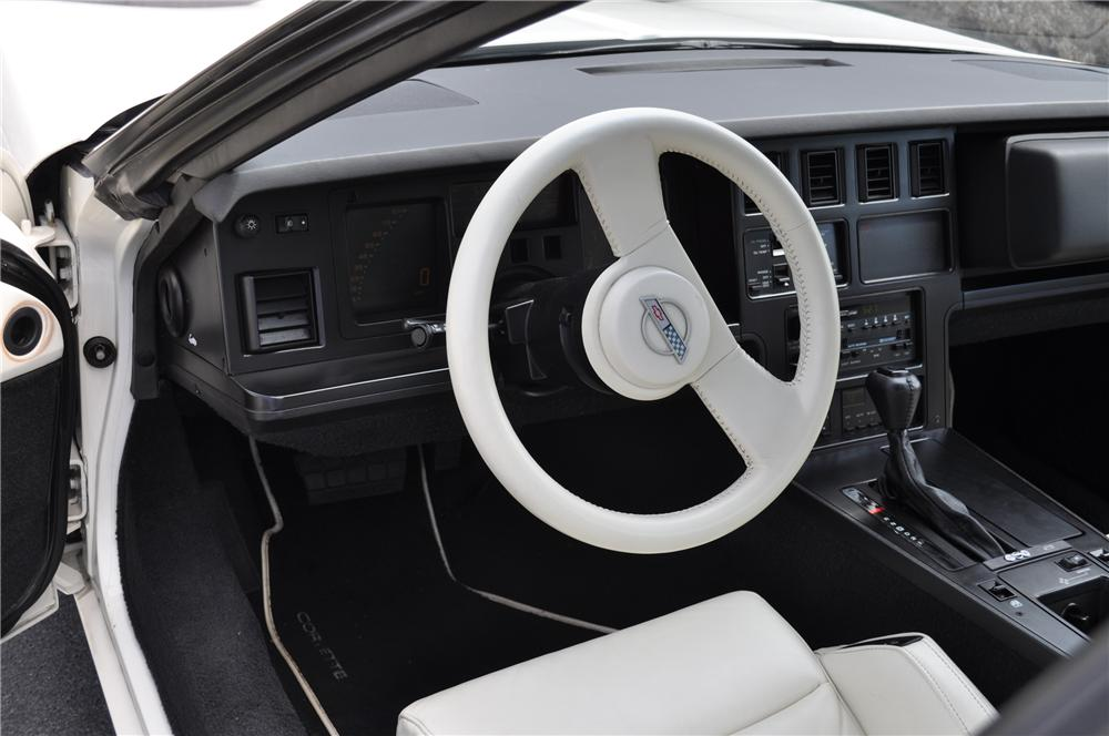1988 CHEVROLET CORVETTE COUPE - Interior - 96806