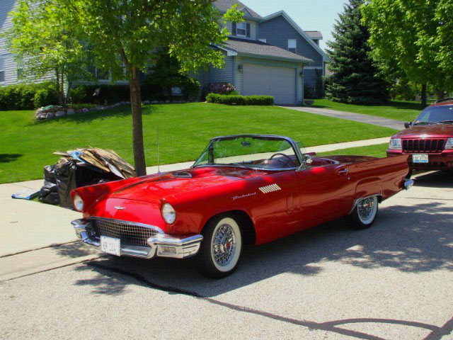 1957 FORD THUNDERBIRD CONVERTIBLE - Front 3/4 - 96813