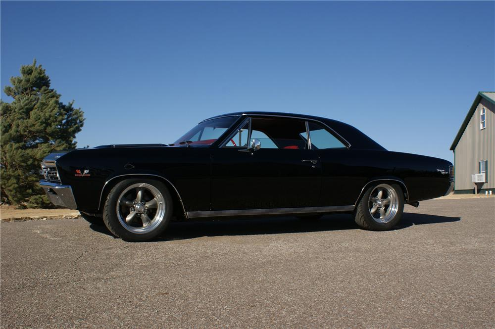 1967 CHEVROLET CHEVELLE SS CUSTOM 2 DOOR HARDTOP - Side Profile - 96814