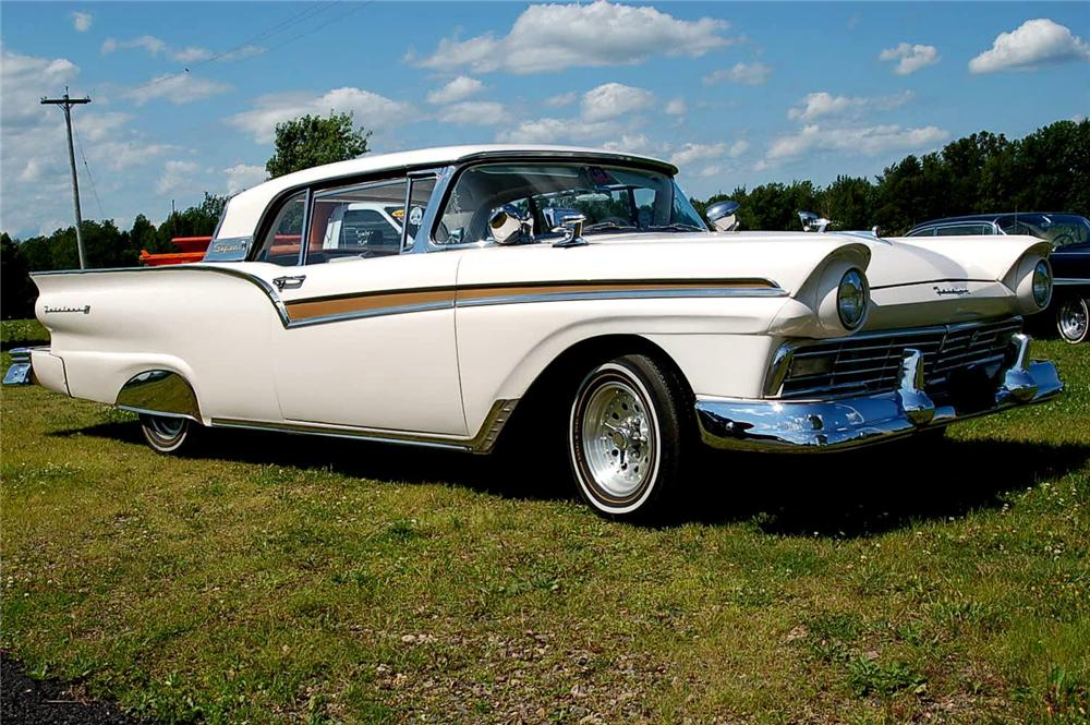 1957 FORD FAIRLANE CONVERTIBLE - Front 3/4 - 96846