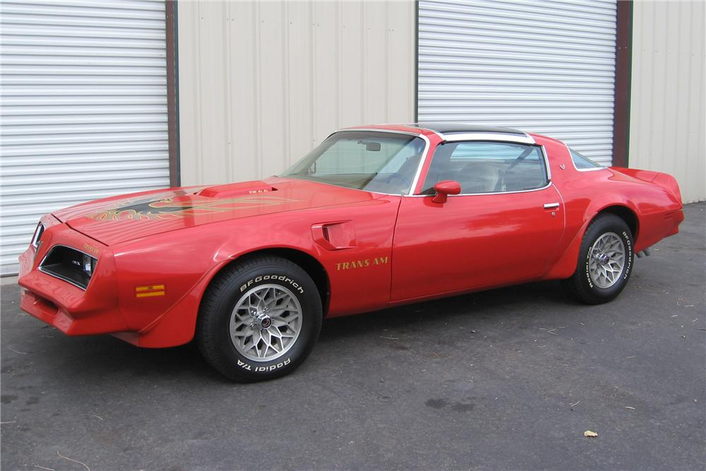 1977 PONTIAC FIREBIRD TRANS AM COUPE - Front 3/4 - 96855