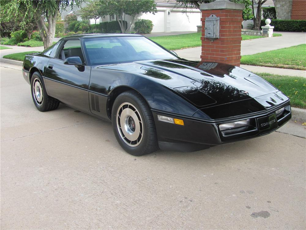 1984 CHEVROLET CORVETTE COUPE - Front 3/4 - 96863