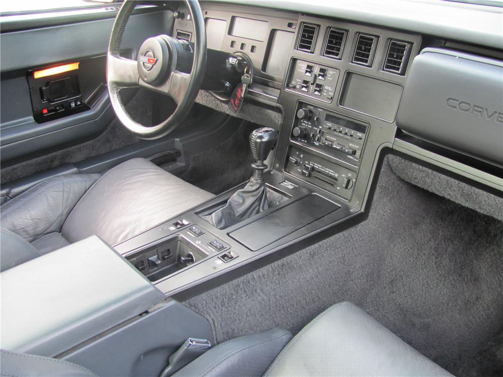 1984 CHEVROLET CORVETTE COUPE - Interior - 96863