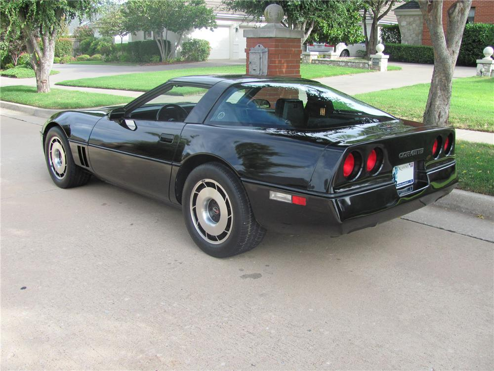 1984 CHEVROLET CORVETTE COUPE - Rear 3/4 - 96863
