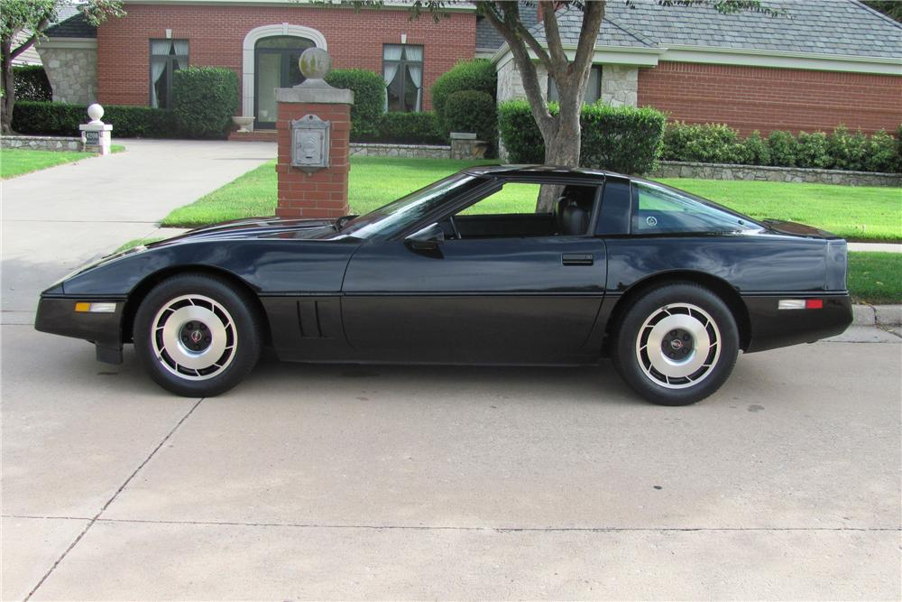 1984 CHEVROLET CORVETTE COUPE - Side Profile - 96863