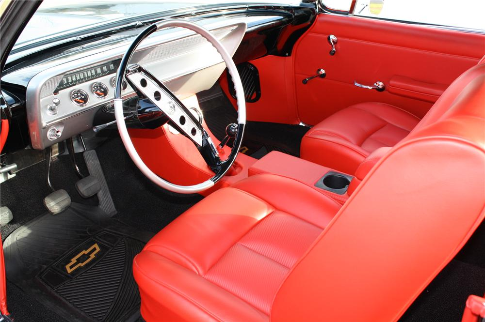 1961 CHEVROLET IMPALA CUSTOM 2 DOOR HARDTOP - Interior - 96908