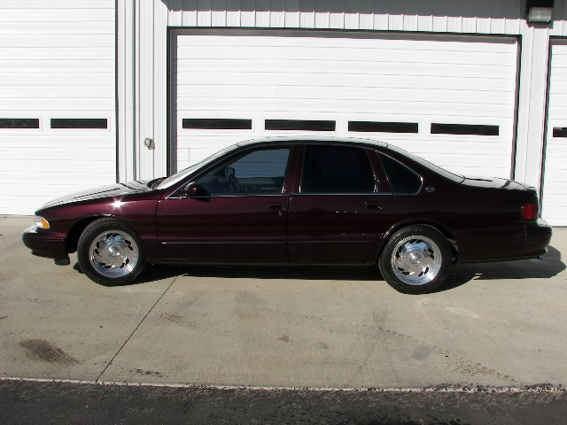 1996 CHEVROLET IMPALA SS 4 DOOR SEDAN - Side Profile - 96933