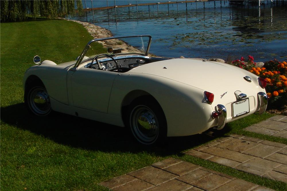 1960 AUSTIN-HEALEY SPRITE BUGEYE CONVERTIBLE - Rear 3/4 - 96958