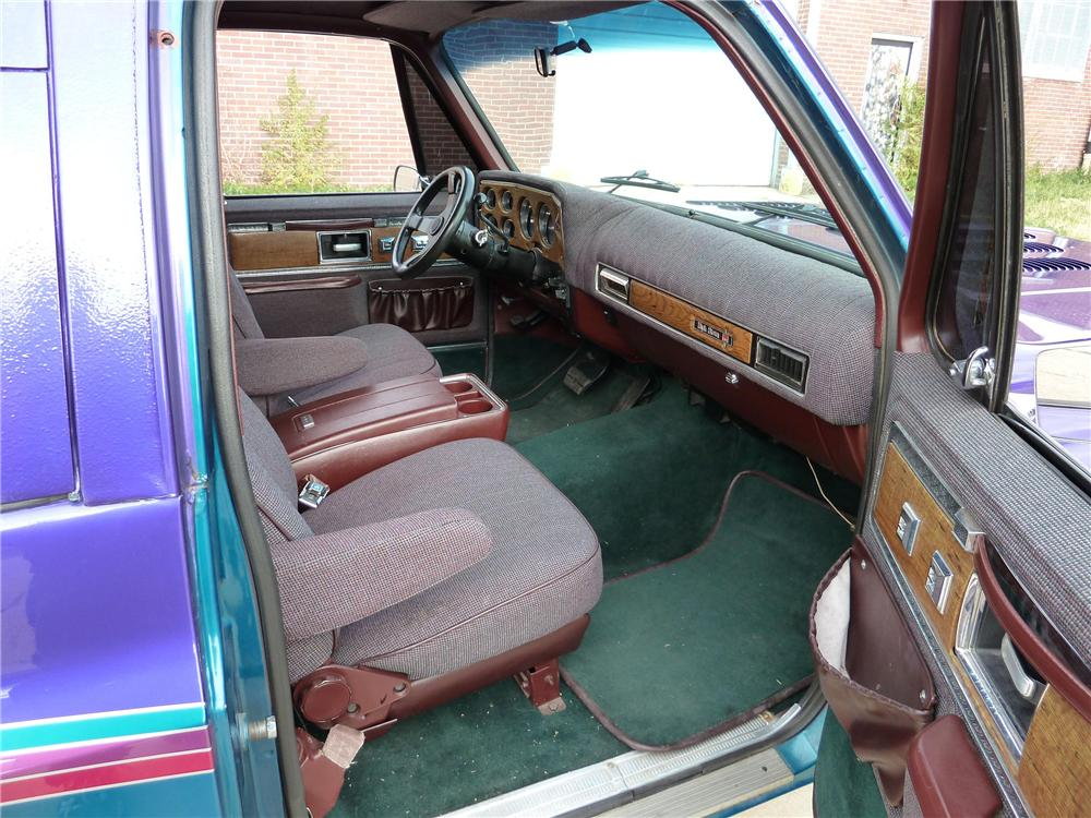 1977 GMC SIERRA CUSTOM TRUCK - Interior - 97006
