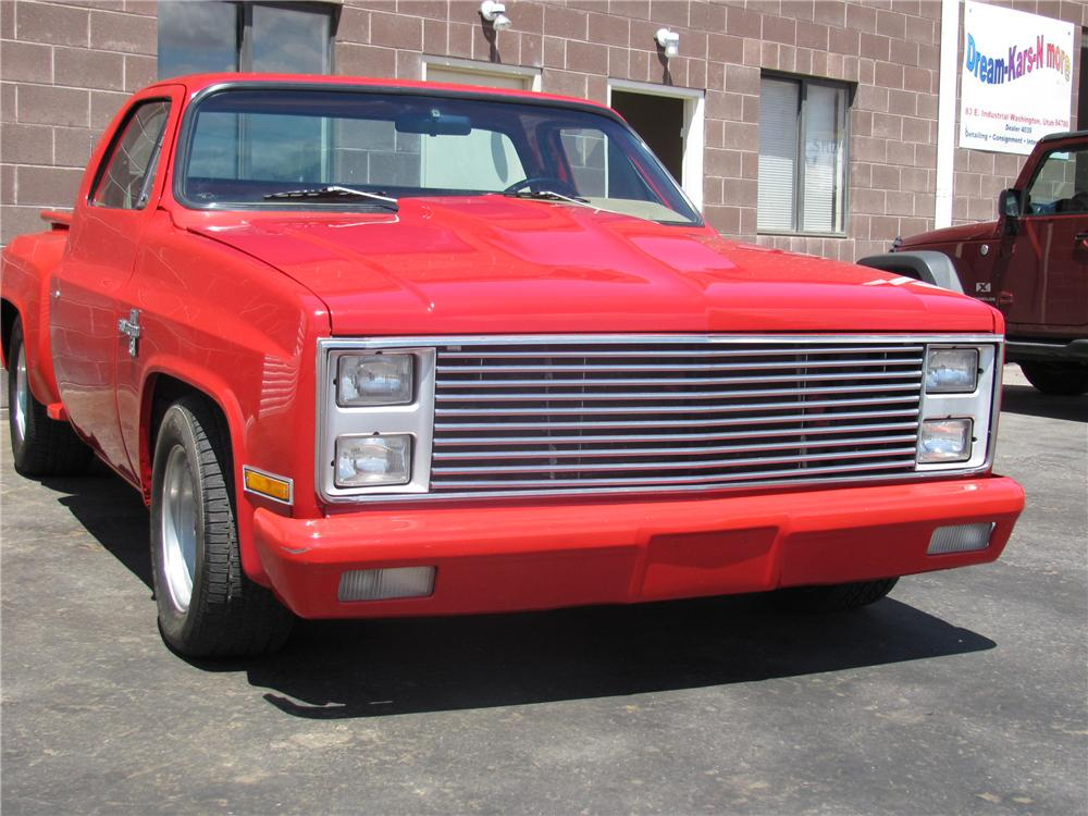 1981 CHEVROLET STEP-SIDE CUSTOM PICKUP - Front 3/4 - 97008