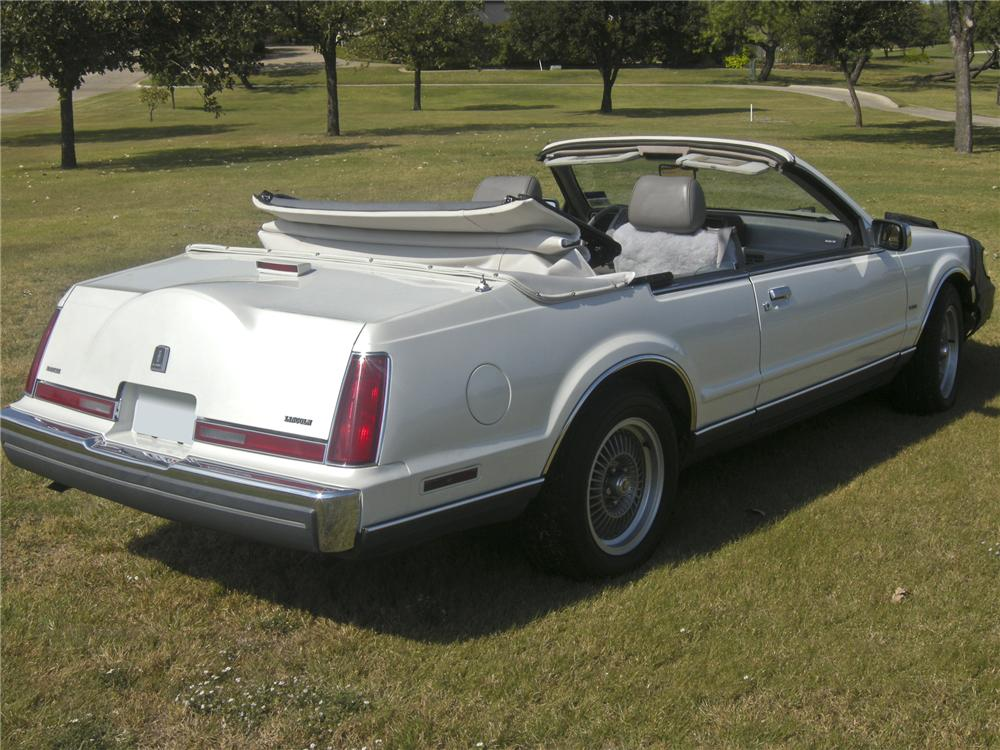 1988 LINCOLN CONTINENTAL MARK VII CUSTOM CONVERTIBLE - Rear 3/4 - 97068