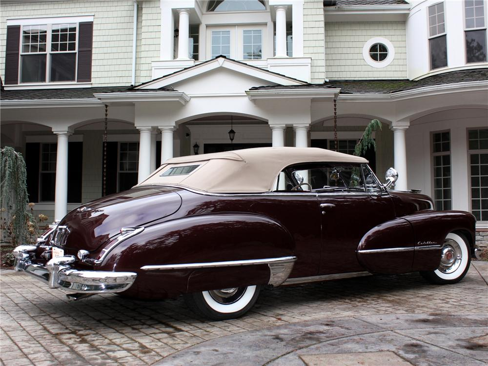1947 CADILLAC SERIES 62 CONVERTIBLE - Rear 3/4 - 97071