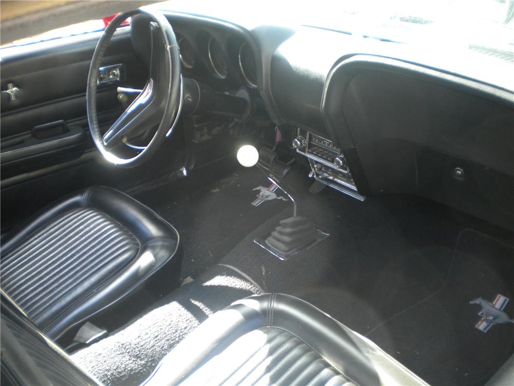1969 FORD MUSTANG CUSTOM FASTBACK - Interior - 97076