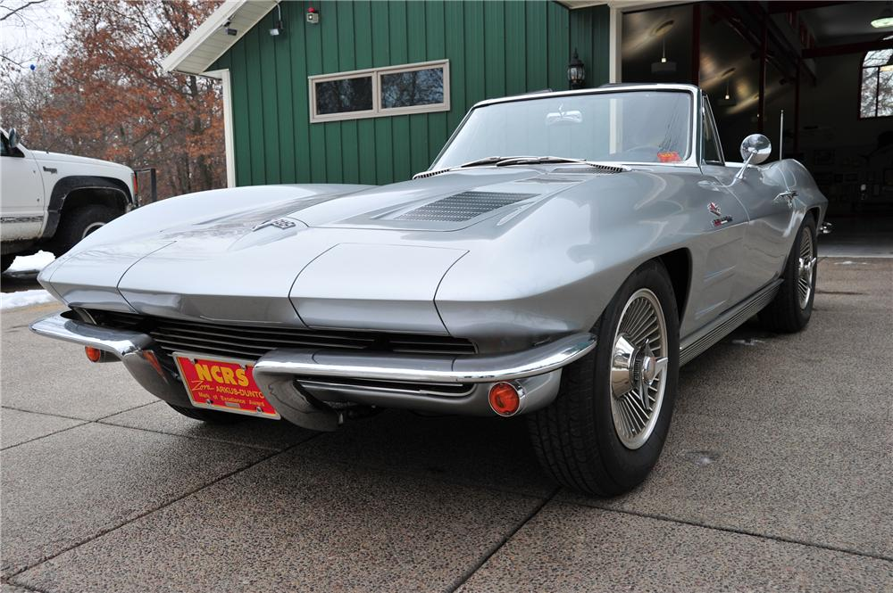 1963 CHEVROLET CORVETTE CONVERTIBLE - Front 3/4 - 97079
