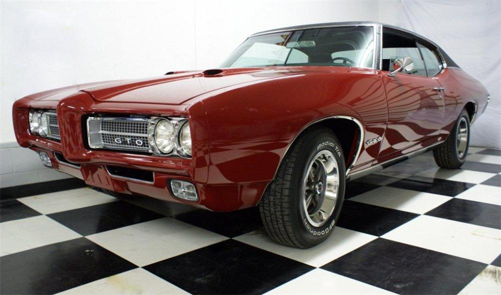 1969 PONTIAC GTO 2 DOOR COUPE - Front 3/4 - 97205