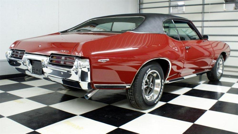 1969 PONTIAC GTO 2 DOOR COUPE - Rear 3/4 - 97205