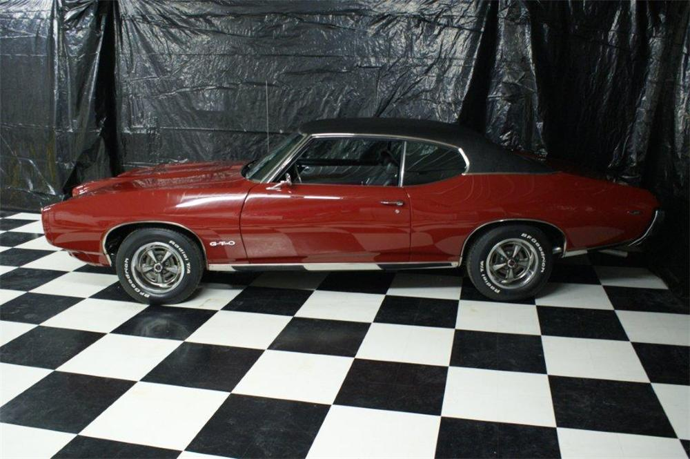 1969 PONTIAC GTO 2 DOOR COUPE - Side Profile - 97205