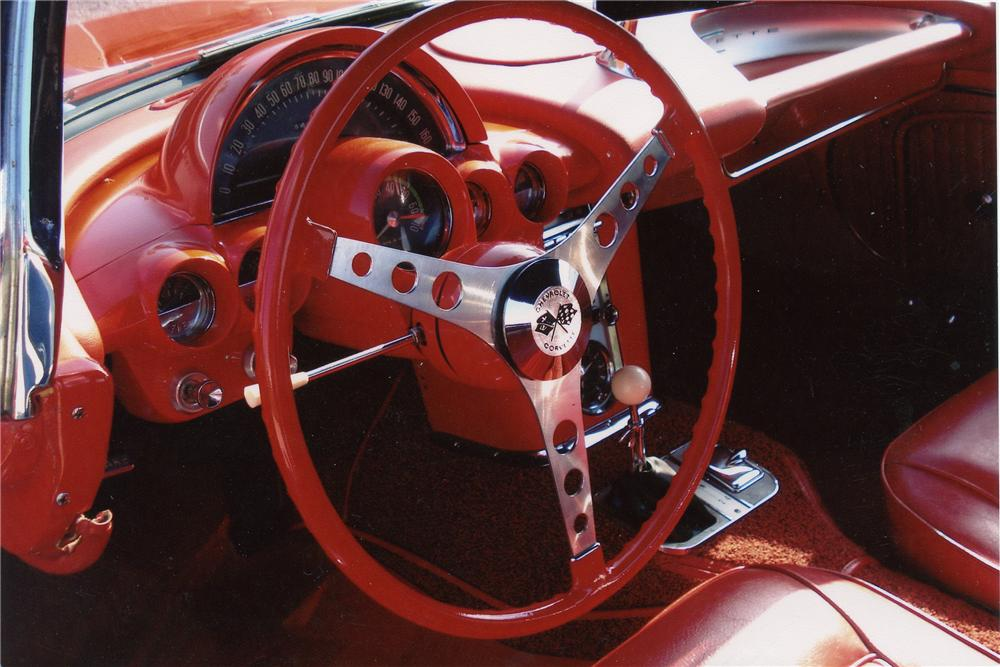 1962 CHEVROLET CORVETTE CONVERTIBLE - Interior - 97218