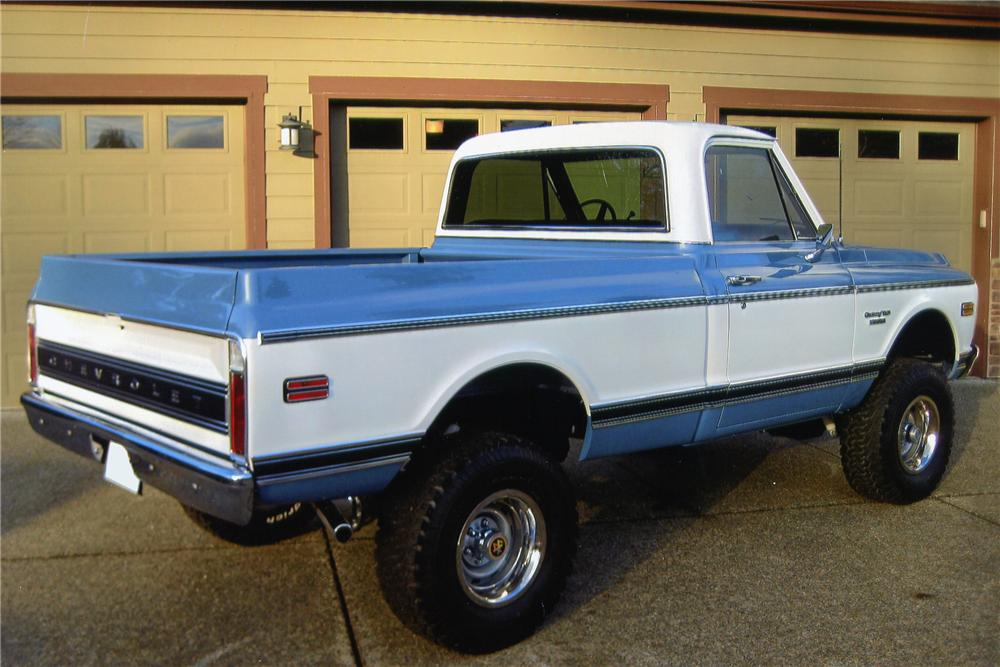 1972 CHEVROLET K10 SHORT BED PICKUP - Rear 3/4 - 97230