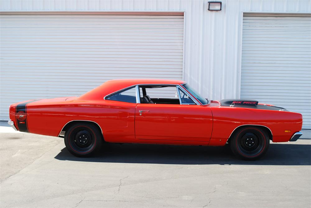 1969 DODGE SUPER BEE 2 DOOR HARDTOP - Side Profile - 97246
