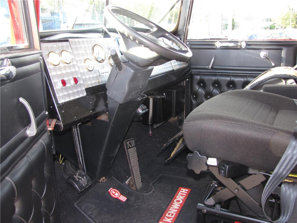 2000 CHEVROLET CUSTOM TRUCK - Interior - 97252