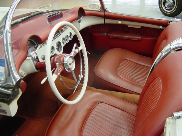 1954 CHEVROLET CORVETTE CONVERTIBLE - Interior - 97384