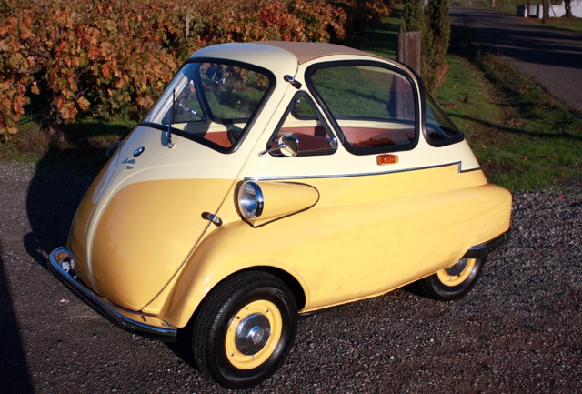 1956 BMW ISETTA CUSTOM COUPE - Front 3/4 - 97392