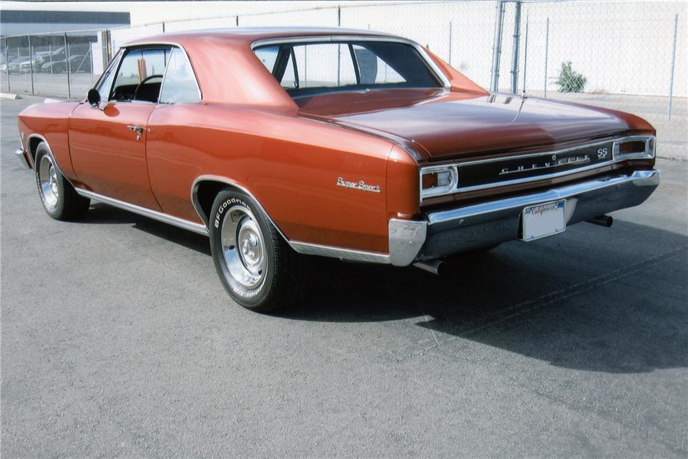 1966 CHEVROLET CHEVELLE 2 DOOR HARDTOP - Rear 3/4 - 97400