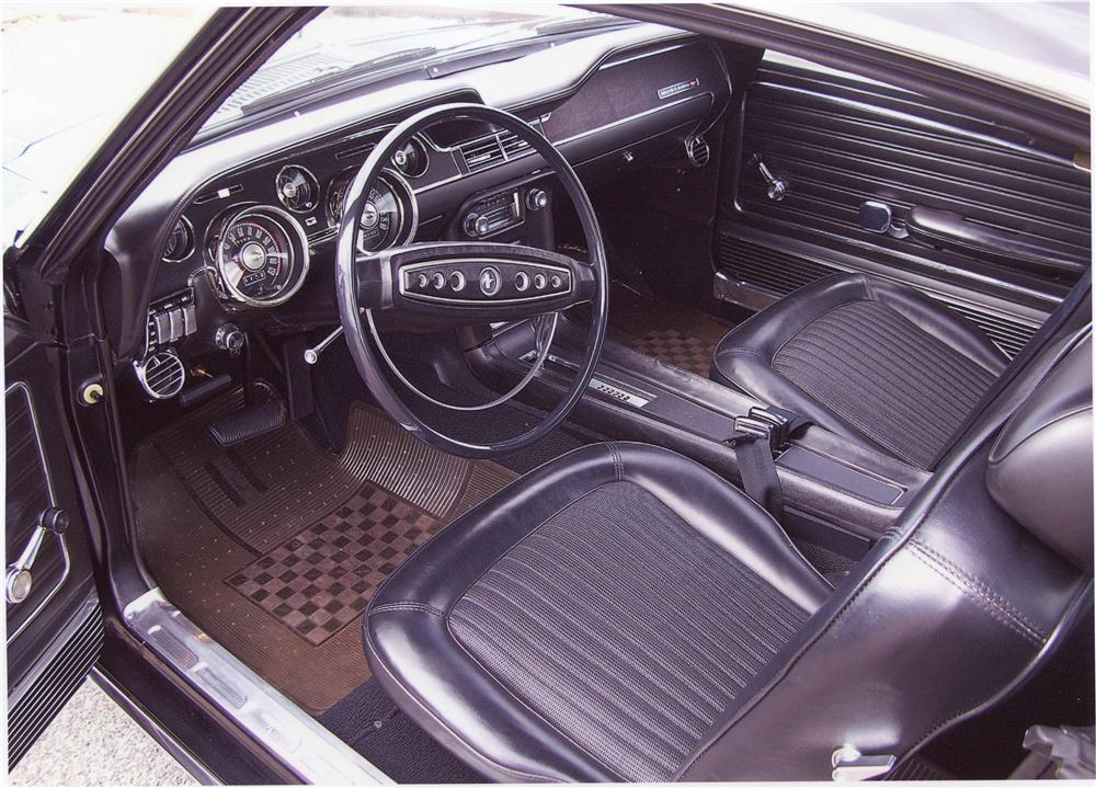 1968 FORD MUSTANG GT FASTBACK - Interior - 97419
