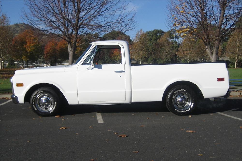 1972 CHEVROLET C-10 CUSTOM SHORT BED PICKUP - Side Profile - 97421
