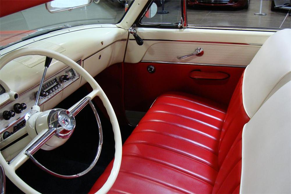 1954 FORD SUNLINER CONVERTIBLE - Interior - 97440