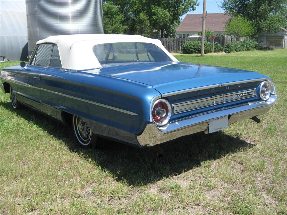 1964 FORD GALAXIE 500 CONVERTIBLE - Rear 3/4 - 97502
