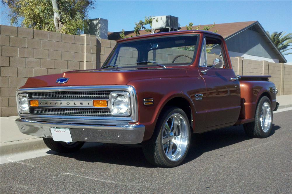 1970 CHEVROLET C-10 CUSTOM PICKUP - Front 3/4 - 97503