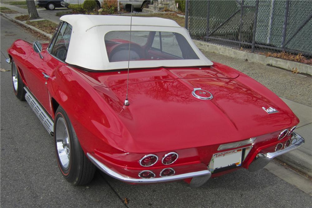 1967 CHEVROLET CORVETTE CONVERTIBLE - Rear 3/4 - 97506