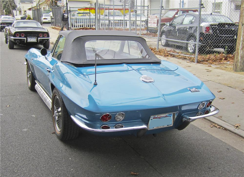 1966 CHEVROLET CORVETTE CONVERTIBLE - Rear 3/4 - 97507