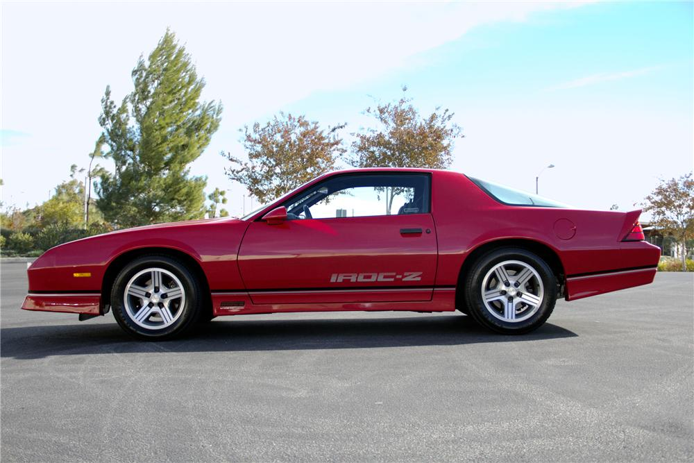 1990 CHEVROLET CAMARO IROC Z/28 2 DOOR COUPE - Side Profile - 97513