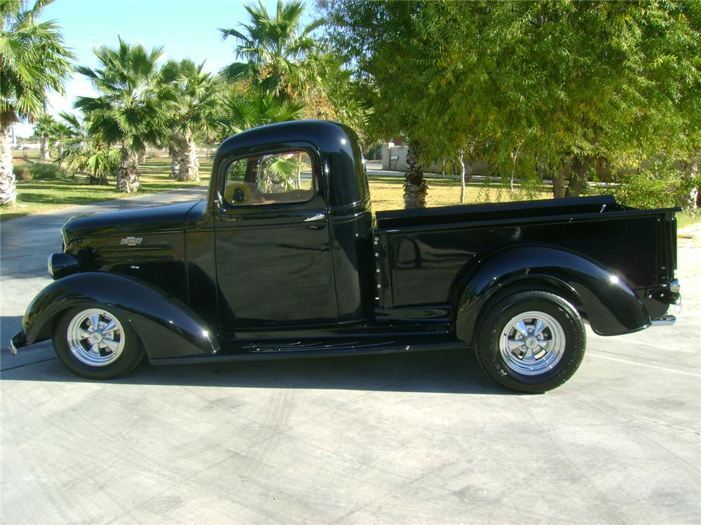 1937 CHEVROLET CUSTOM PICKUP - Side Profile - 97533