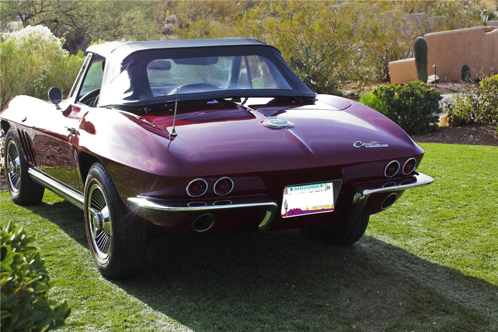 1965 CHEVROLET CORVETTE CONVERTIBLE - Rear 3/4 - 97694