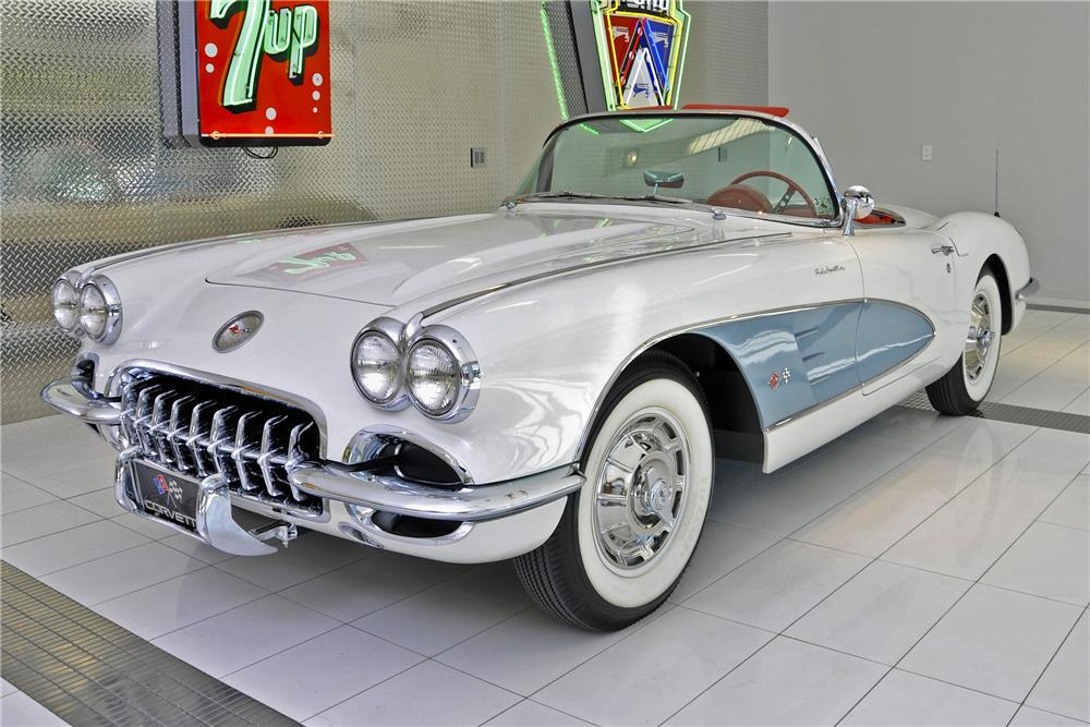 1960 CHEVROLET CORVETTE CONVERTIBLE - Front 3/4 - 97699