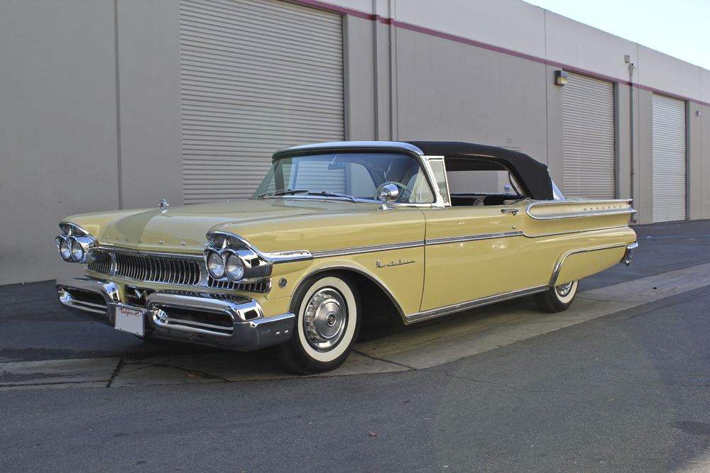 1957 MERCURY MONTCLAIR CONVERTIBLE - Front 3/4 - 97723