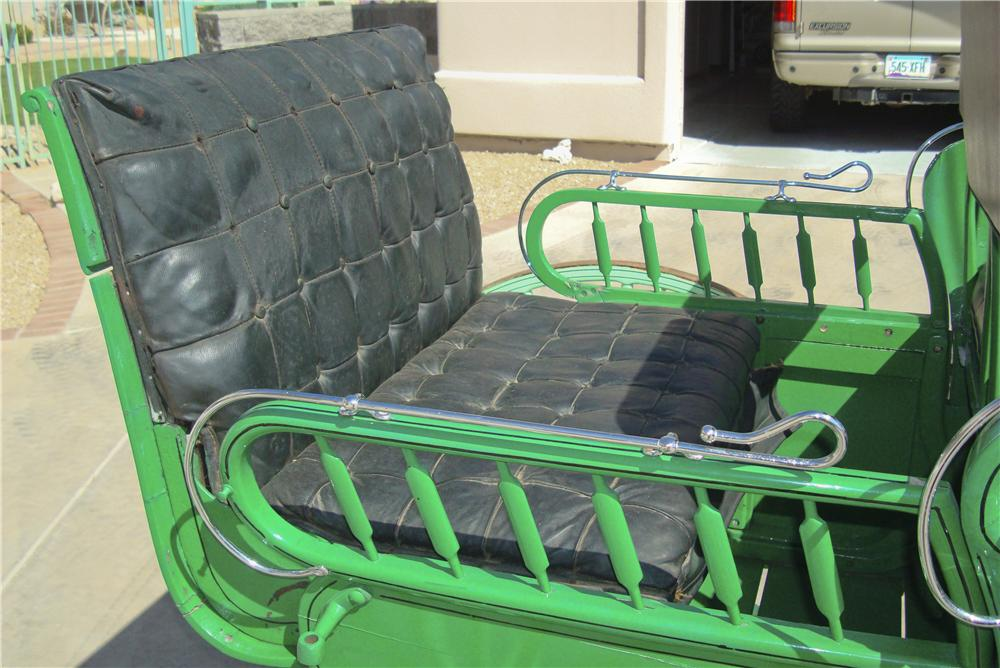 0 BUGGY TRAP WITH RUMBLE SEAT - Interior - 97731