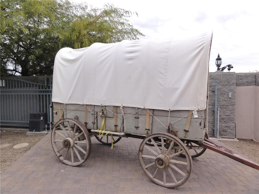 0 COVERED WAGON JOHN DEERE COVERED WAGON - Side Profile - 97737