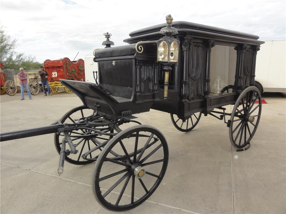0 STAGE COACH 2 HORSE DRAWN HEARSE - Front 3/4 - 97899
